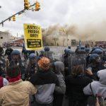 Alcaldesa de Baltimore pide investigación federal a policía