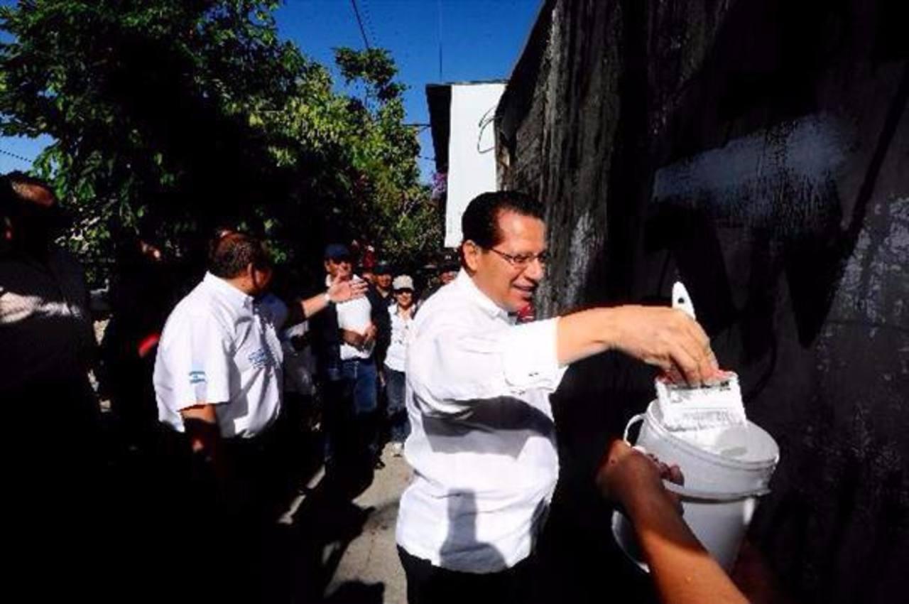 Expulsan al pastor Carlos Rivas del Consejo de Seguridad