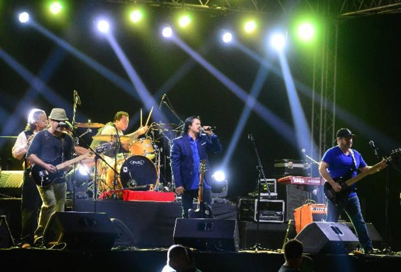 La banda guatemalteca ofreció un espectáculo inolvidable en El Paseo El Carmen, Santa Tecla. Fotos EDH/ Mauricio Cáceres