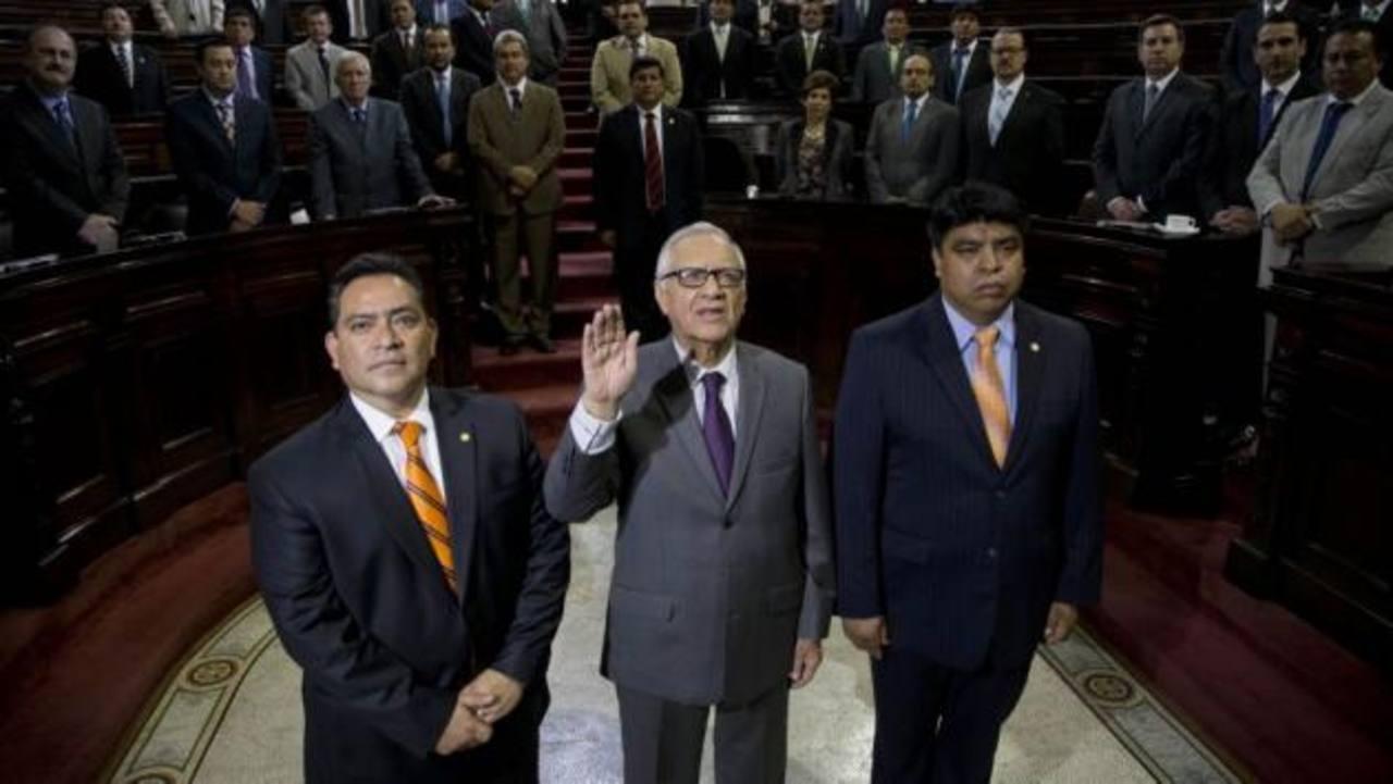 Alejandro Maldonado Aguirre jura como nuevo vicepresidente. /