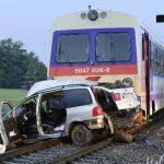 Tren embiste un vehículo y mueren 5 personas en Austria