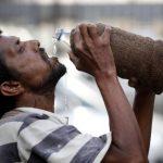 Sube a 2,200 cifra de muertos en la India por ola de calor