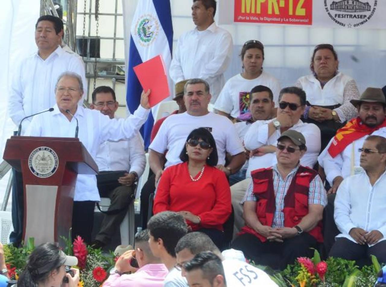Presidente Salvador Sánchez Cerén en su discurso del Día del Trabajo arremetió contra la Sala de lo Constitucional de la CSJ. foto EDH / archivo