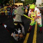 Ayer, los payasos desfilaron por el Paseo Escalón. Fotos EDH / Omar Carbonero y Mauricio Cáceres