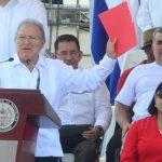 El presidente Salvador Sánchez Cerén, en su discurso del Día del Trabajo se refirió y cuestionó y arengó contra los cuatro magistrados de la Sala de lo Constitucional de la CSJ. foto edh /archivo