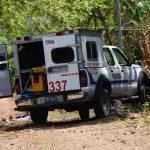 Los atacantes alinearon y mataron a seis hombres en la calle principal del cantón El Zapote, de Jucuarán, Usulután. Foto EDH / Óscar Iraheta