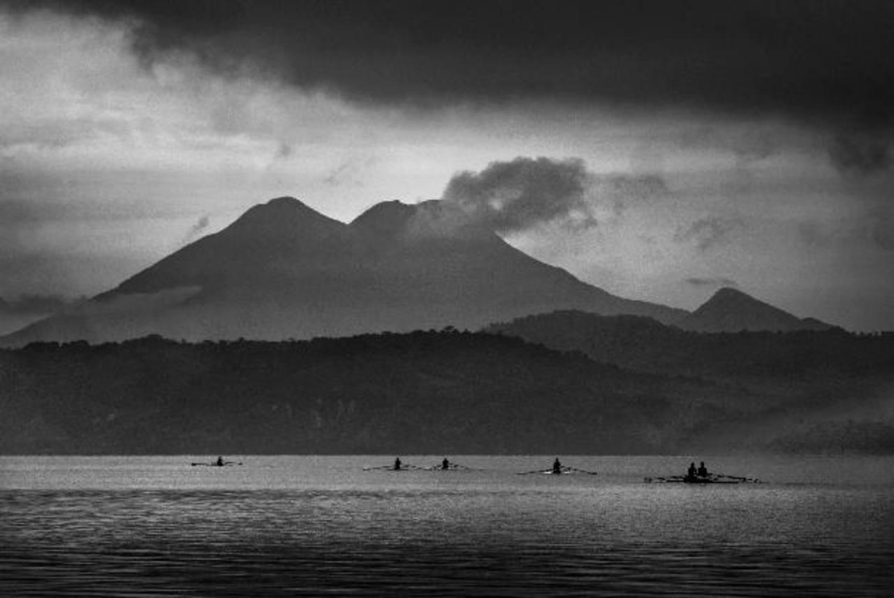 """Uno de los temas que ofrece la nueva edición de """"Anales"""" es sobre datos de radiocarbono de la erupción del volcán de Ilopango."""