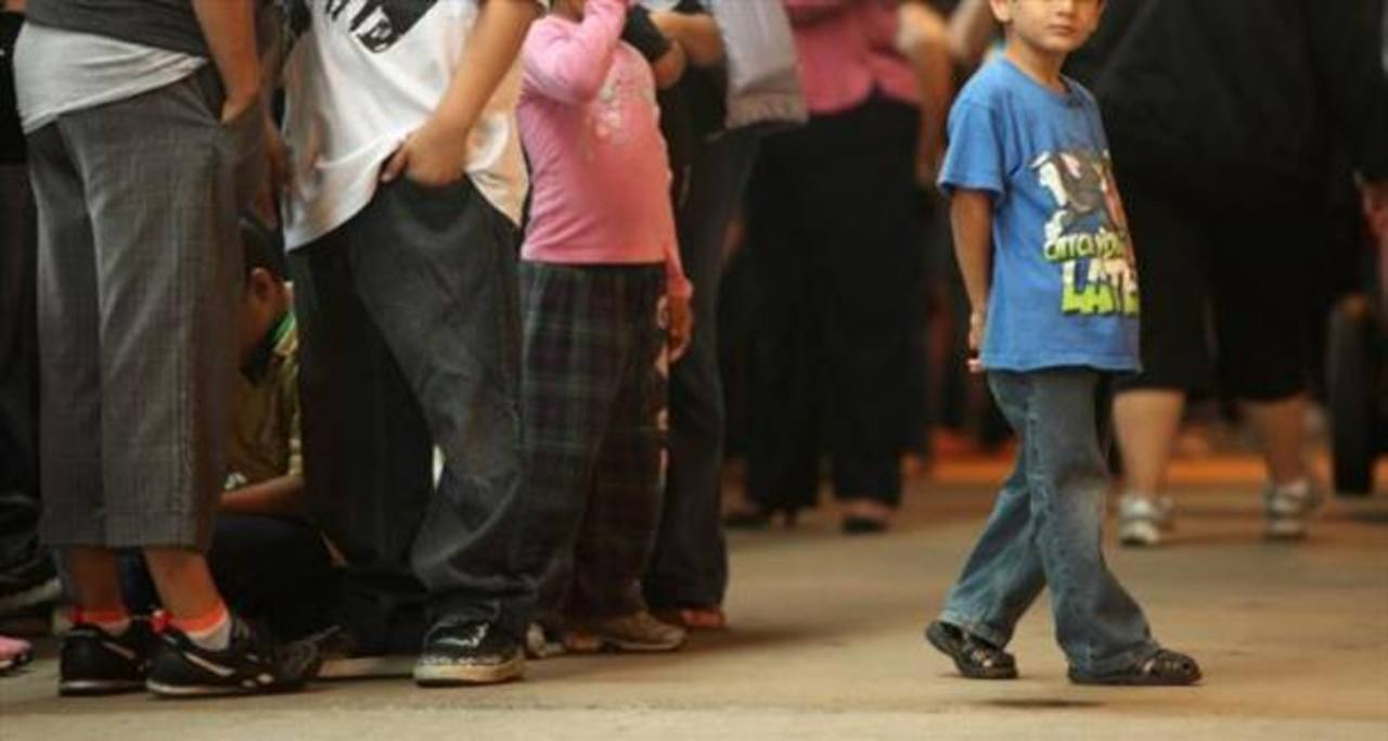 Llegan más niños solos a EE. UU. pese a deportación