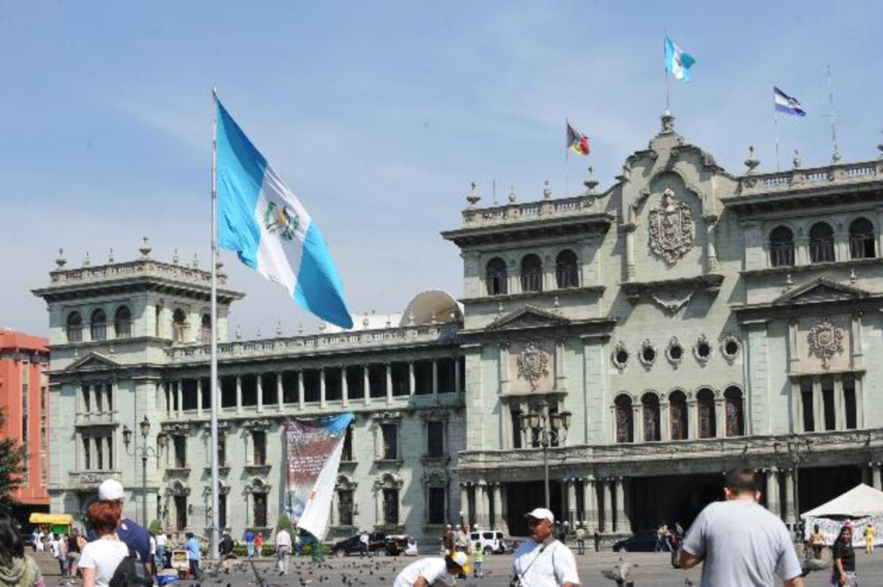 Guatemala ha mejorado su recaudación, pero aún es muy baja. Foto EDH/archivo