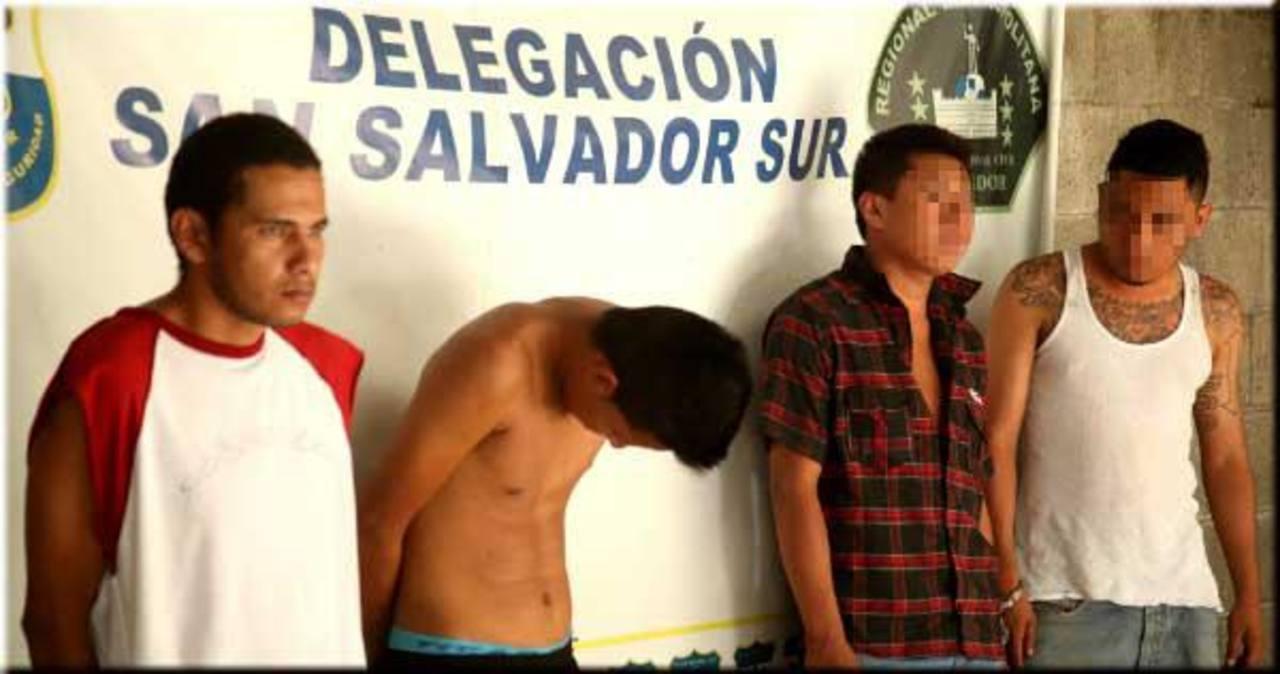 Sujetos capturados por la Policía, el lunes anterior.