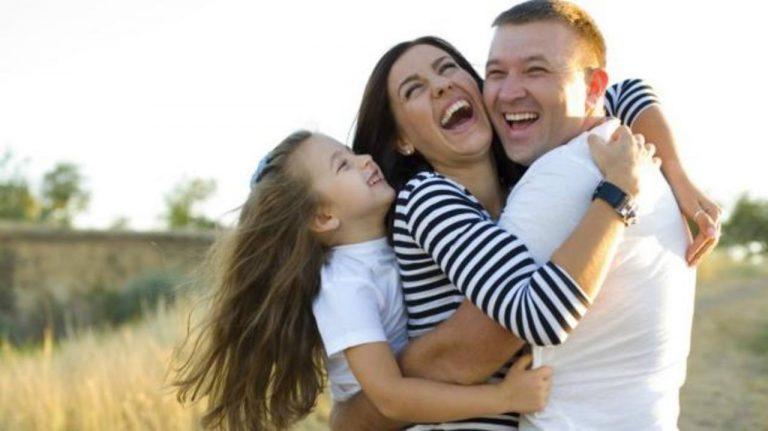 Los abrazos sirven para expresar un sentimiento que supera las palabras. FOTO EDH / Archivo