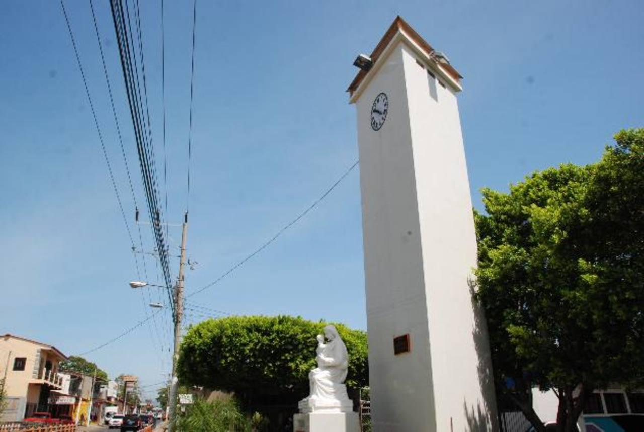 El Monumento es uno de los atractivos de La Unión. Foto EDH /insy mendoza