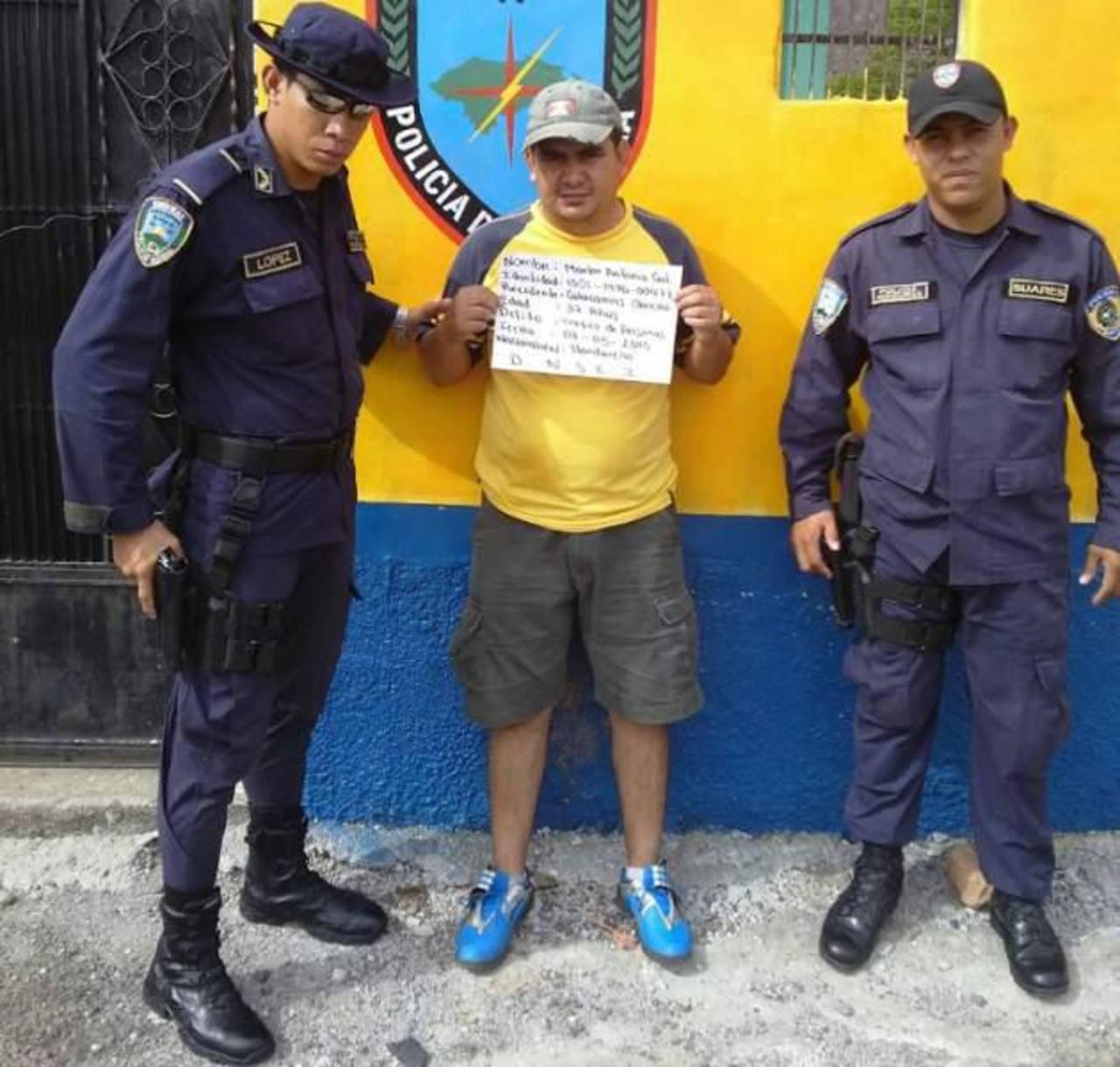 Capturan a supuesto traficante de personas con 2 menores salvadoreñas