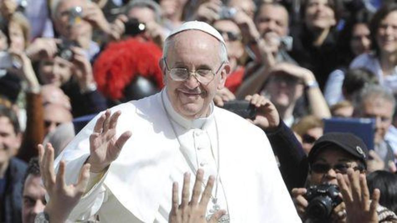 El Papa recibirá a Raúl Castro el domingo