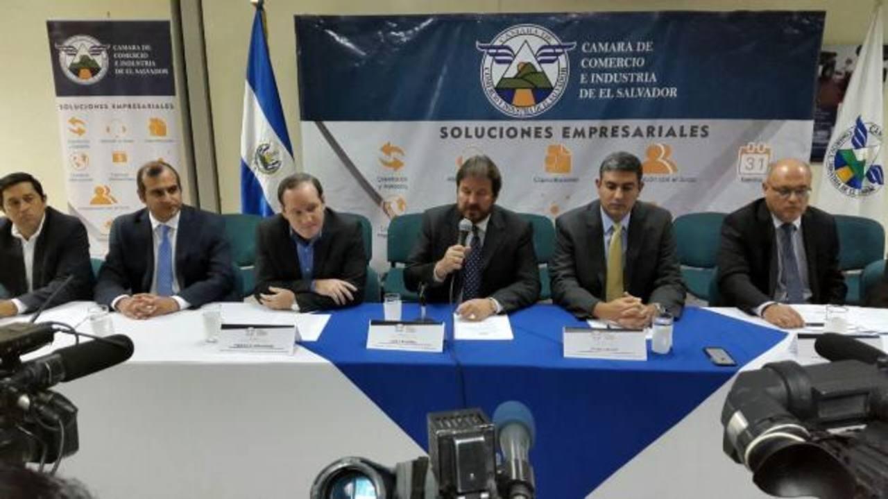 Cámara de Comercio critica primer año de gobierno de Sánchez Cerén