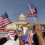"""Obama urge al Congreso de EE.UU. aprobar una reforma migratoria """"exhaustiva"""""""