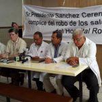 Médicos del Hospital Rosales denuncian al director del nosocomio por querer destituir 9 jefaturas