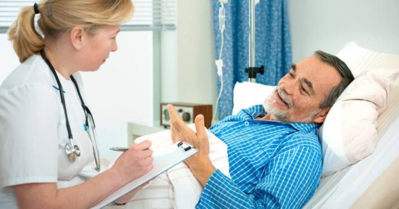 Es la principal causa de hospitalización en personas mayores de 65 años.