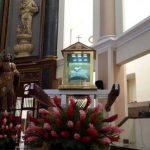 Las reliquias del beato Óscar Arnulfo Romero llegaron este domingo a Catedral Metropolitana de San Salvador procedentes de la parroquia San José de la Montaña.