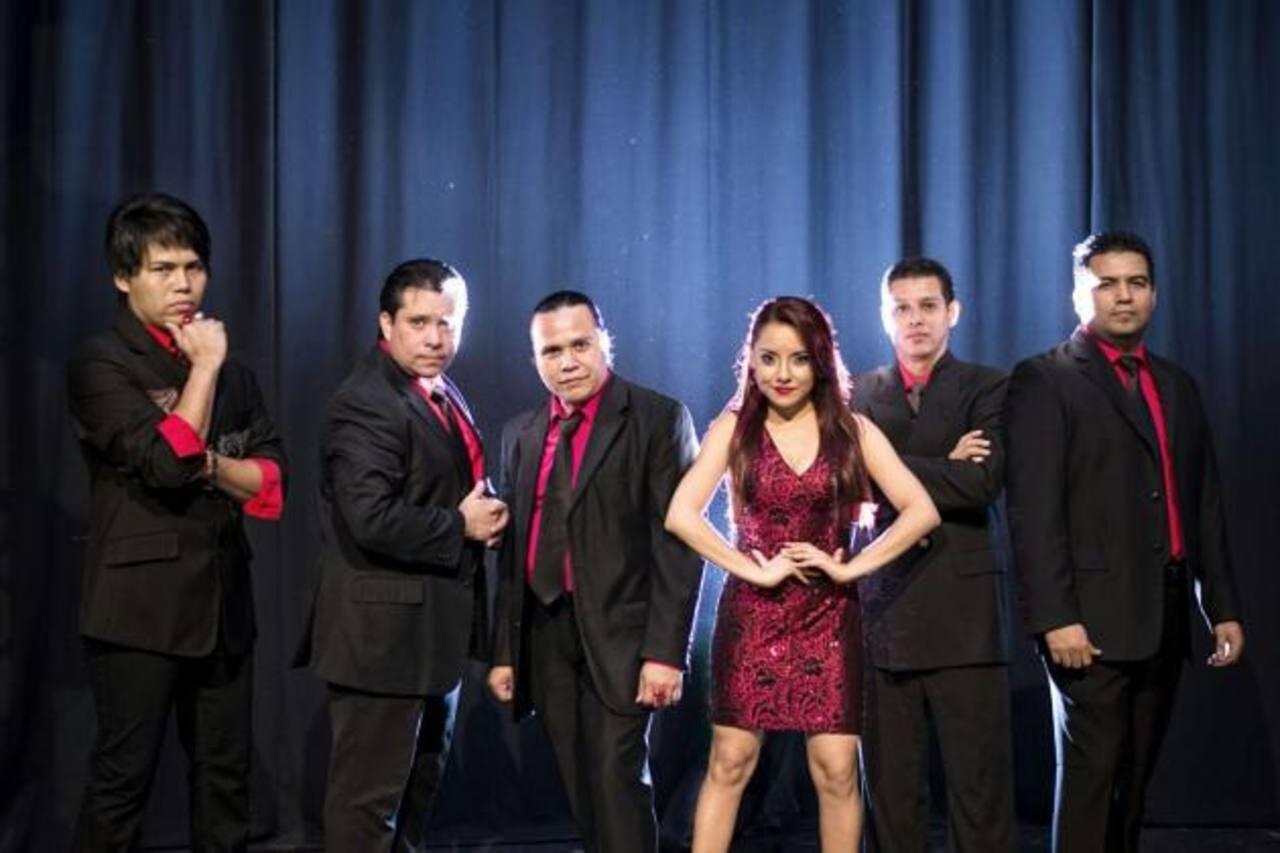 Amaretto es uno de los grupos que deleitará con su repertorio a las madres, en el Hogar de Niños Adalberto Guirola.