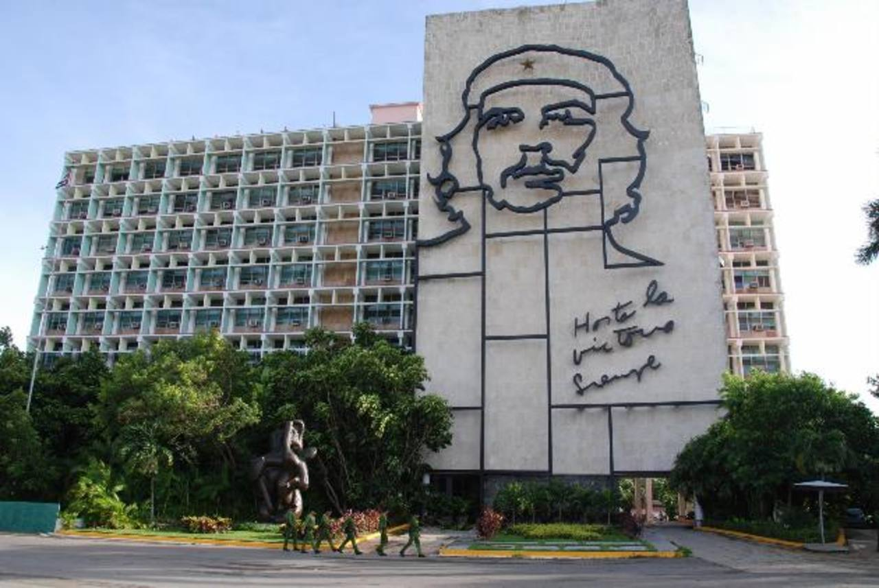 Cuba sale oficialmente de la lista de patrocinadores del terrorismo de EE.UU.