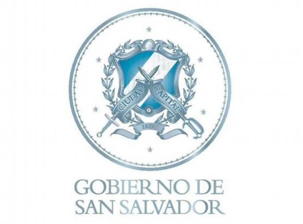 El escudo de la izquierda es el nuevo, el de la derecha es el que tenía 72 años de representar a San Salvador. foto edh/ tomadas de twitter