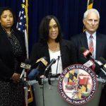 La fiscal estatal en Baltimore, Marilyn Mosby, informó sobre los cargos contra seis policías por la muerte de Freddie Gray.