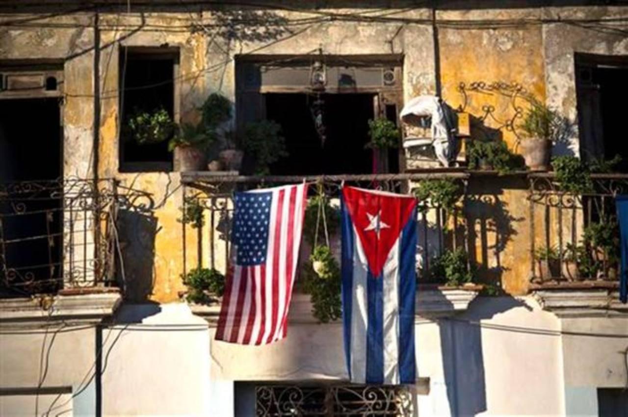 EE.UU. y Cuba dialogan con el objetivo de abrir embajadas