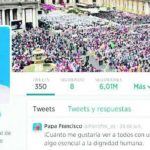 Los tuits de Francisco se publican en nueve idiomas: español, inglés, francés, alemán, árabe, portugués, polaco y latín.