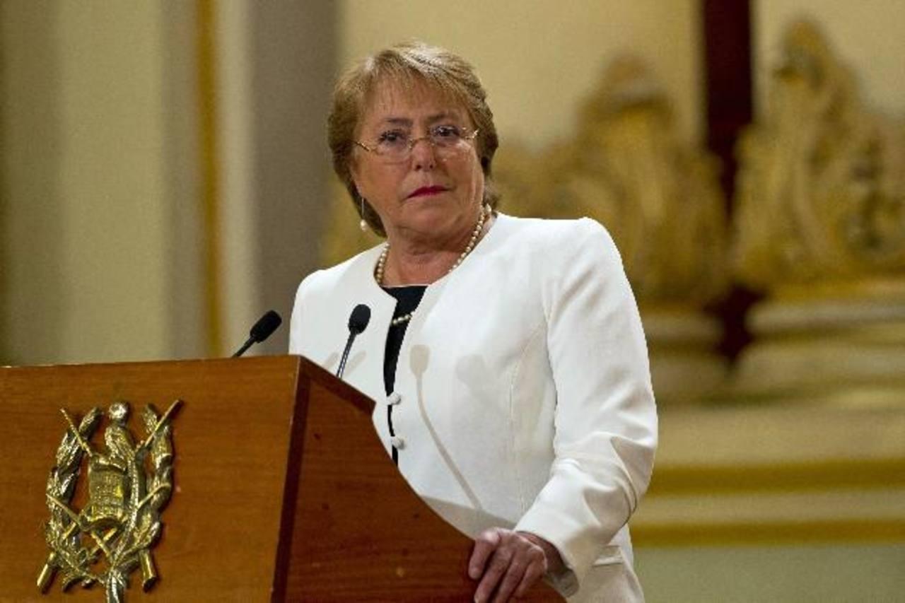 La presidenta de Chile, Michelle Bachelet, hizo el sorpresivo anuncio anoche durante una entrevista. foto edh /AP