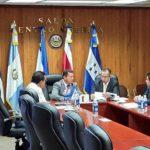 La Comisión de Instalación de la Asamblea Legislativa durante la reunión de este miércoles.