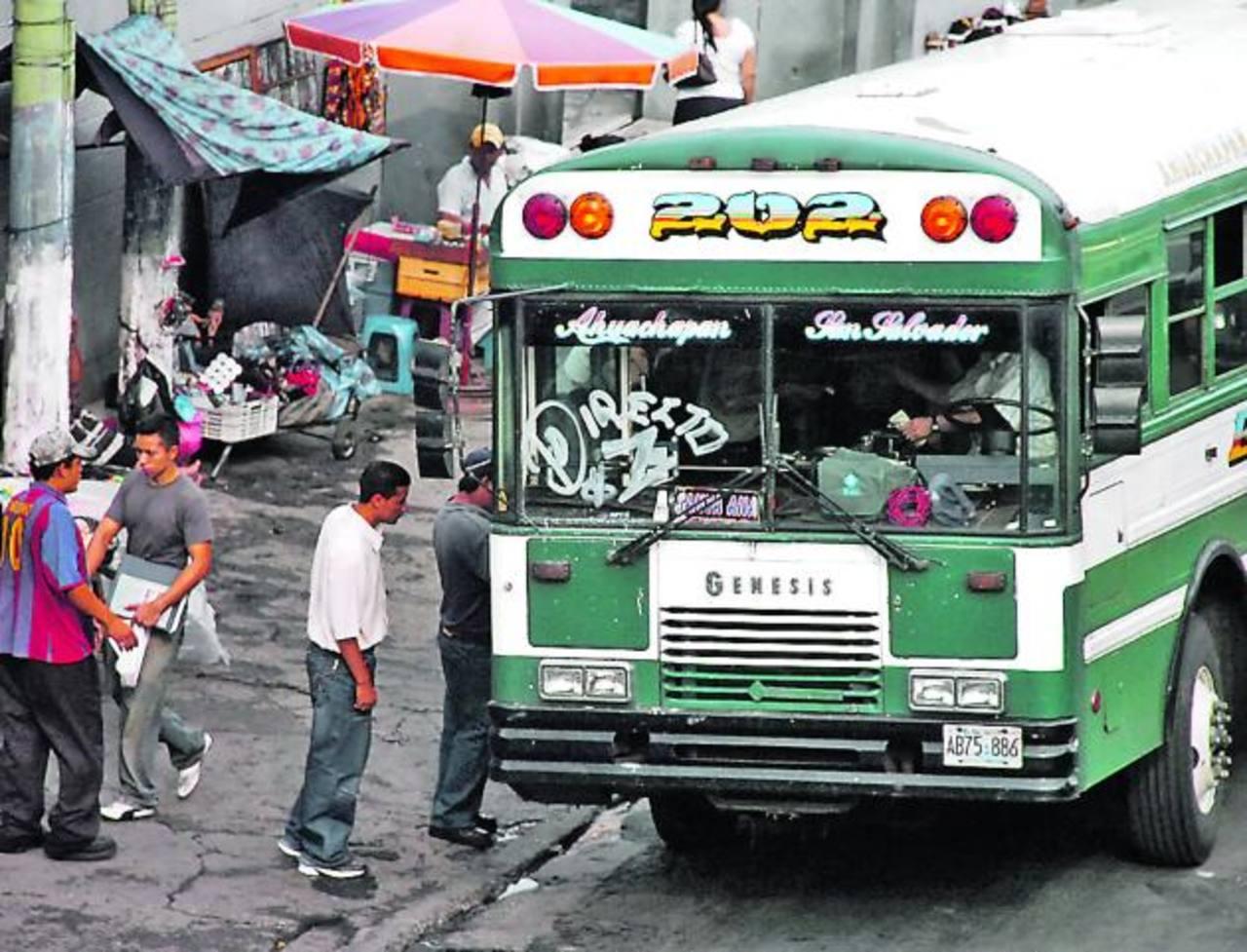 La frecuencia de salida de los buses interdepartamentales será modificada ambos días.