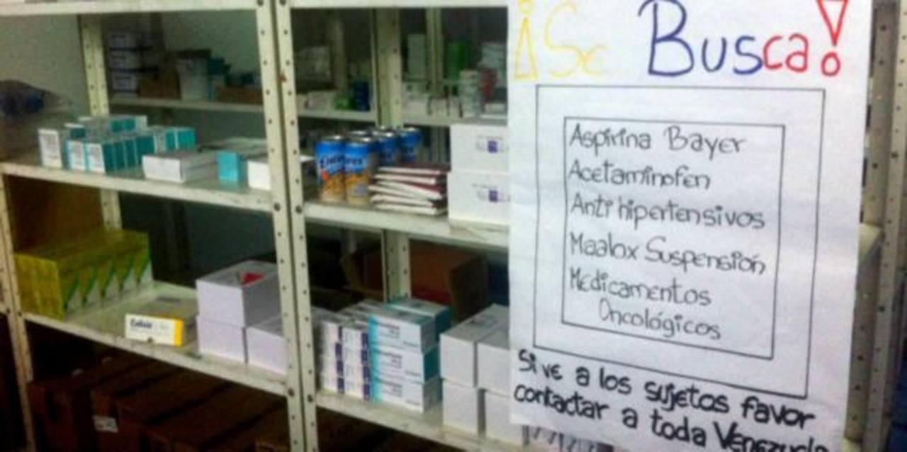 Según el gremio farmacéutico, miles de pacientes en Venezuela no pueden recibir su tratamiento médico por falta de medicamentos esenciales.