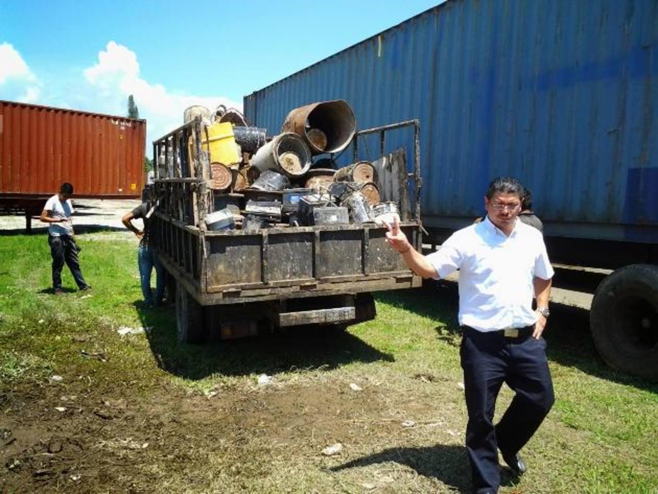 Este es el primer cargamento de desechos que se vendió para sacar toda la chatarra acumulada por años dentro de todas las instalaciones de Grupo Vape.