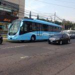 Bus de Sitramss choca con microbús Ruta 42-B