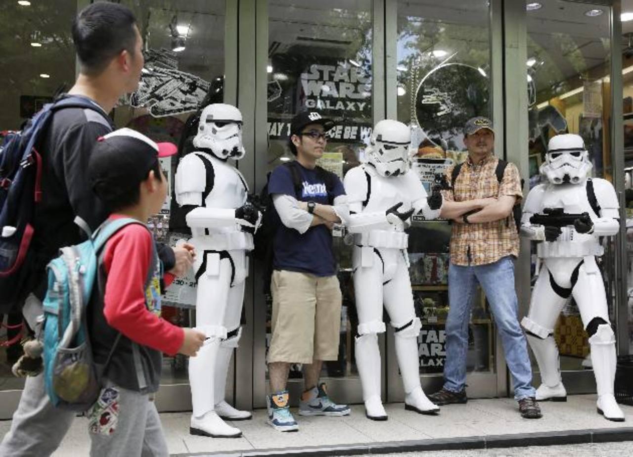 """Fanáticos celebran hoy el """"Día de Star Wars"""""""