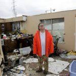 Una tormenta que azotó la noche del sábado y madrugada de este domingo dañaron la casa de Carol Cole en Broken Arrow, Oklahoma.