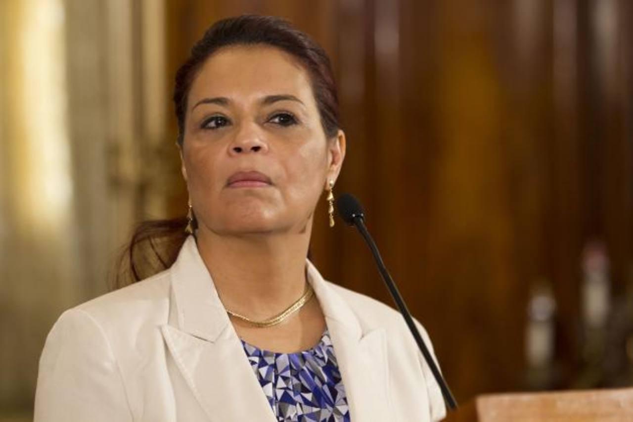 La vicemandataria Roxana Baldetti estaría vinculada a una red, que defraudó al fisco. foto edh / ap