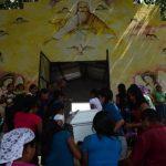 Despiden restos de madre e hija asesinadas en Panchimalco. /