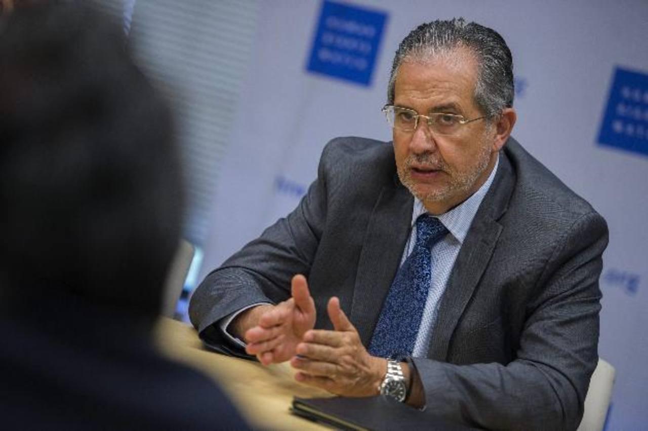 El editor del diario El Nacional, Miguel Otero, durante una entrevista ayer en Washington, EE.UU. fotoEDH/EFE
