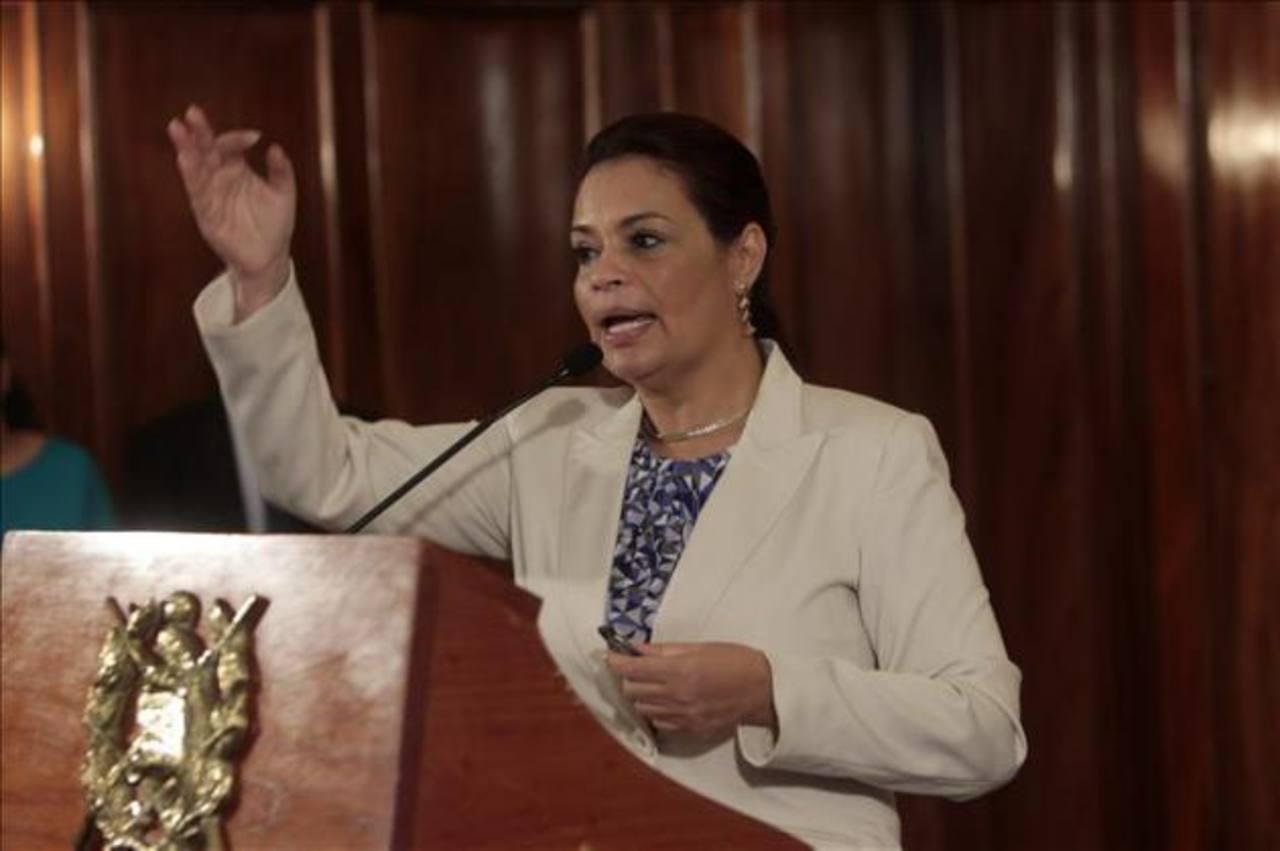 Allanan propiedades de exvicepresidenta Roxana Baldetti en Guatemala
