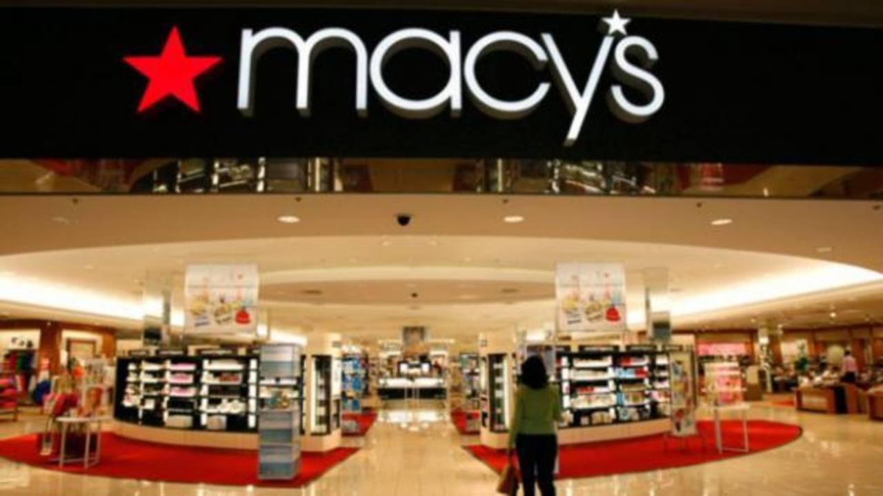 Macy's deja de vender línea de ropa de Donald Trump