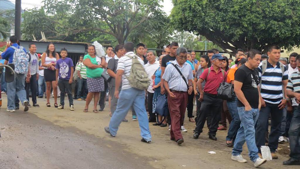 Salvadoreños apoyan comisión anticorrupción