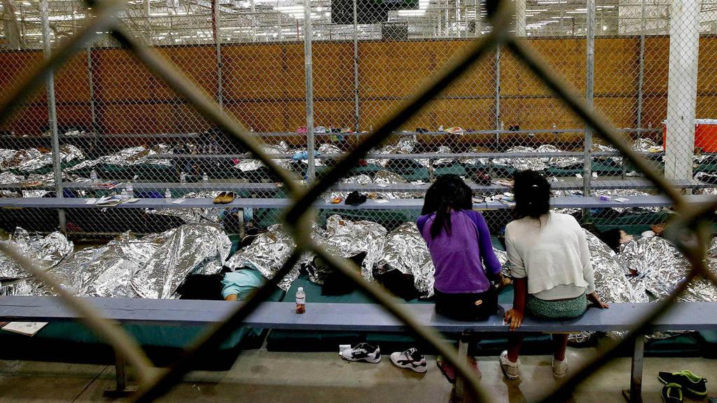 Miles de niños salvadoreños han sido detenidos en México y Estados Unidos. Buscaban reunirse con sus padres.