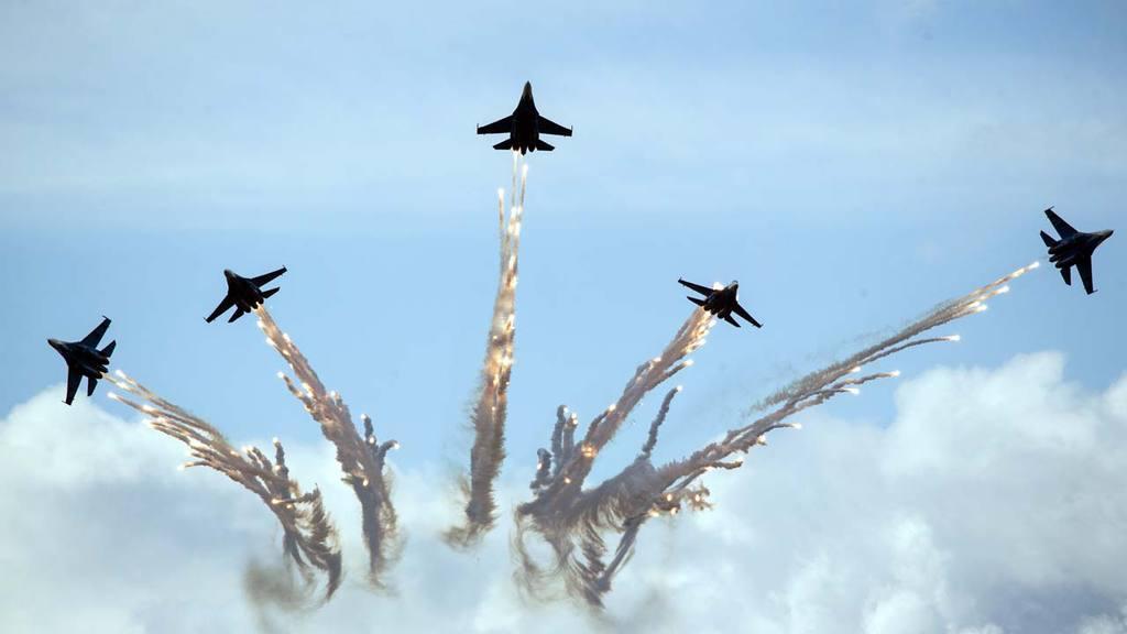 Su-27 jets of aerobatics team Russkiye Vityasy