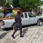 Entierro de policía asesinado en Apopa
