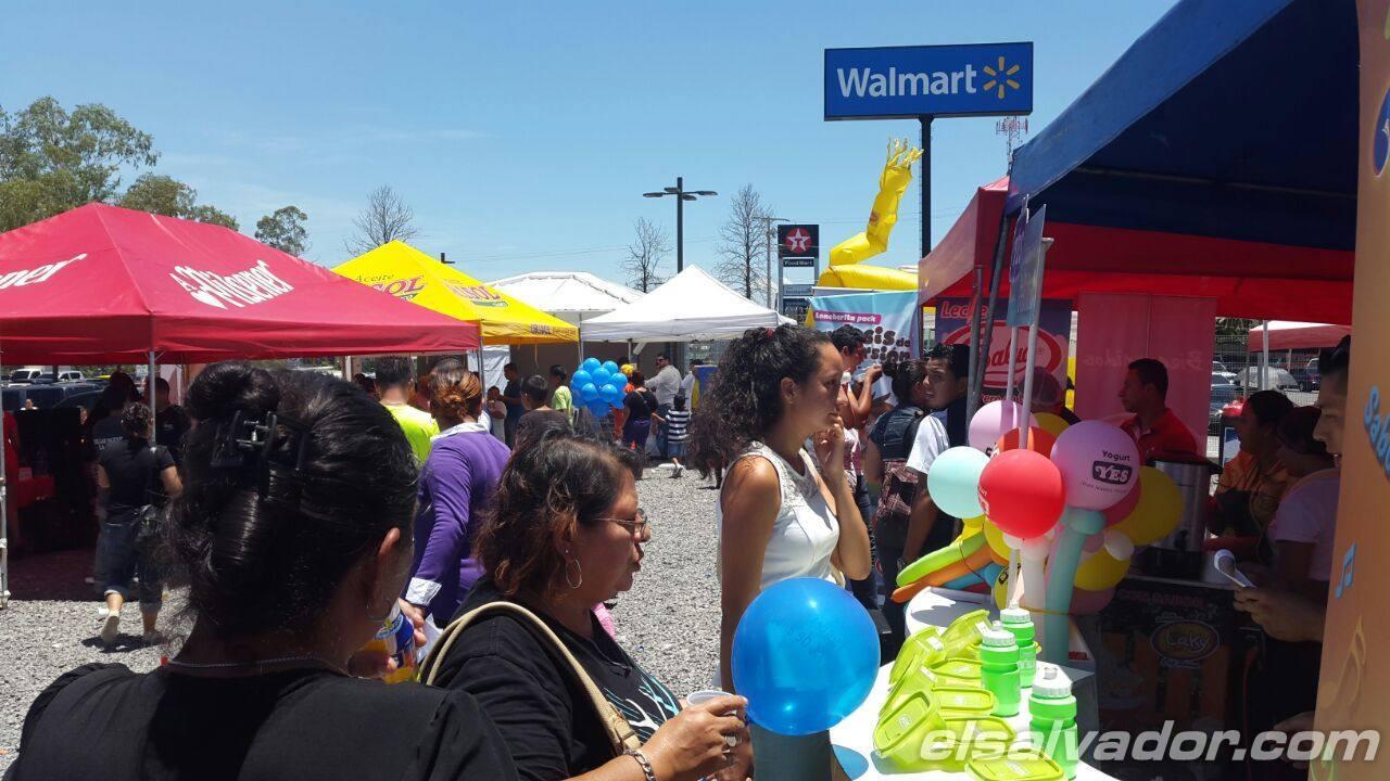 Walmart inaugura primera tienda en San Miguel