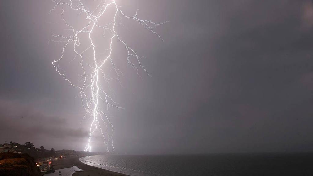 Lightning strikes south of Aptos, Calif.
