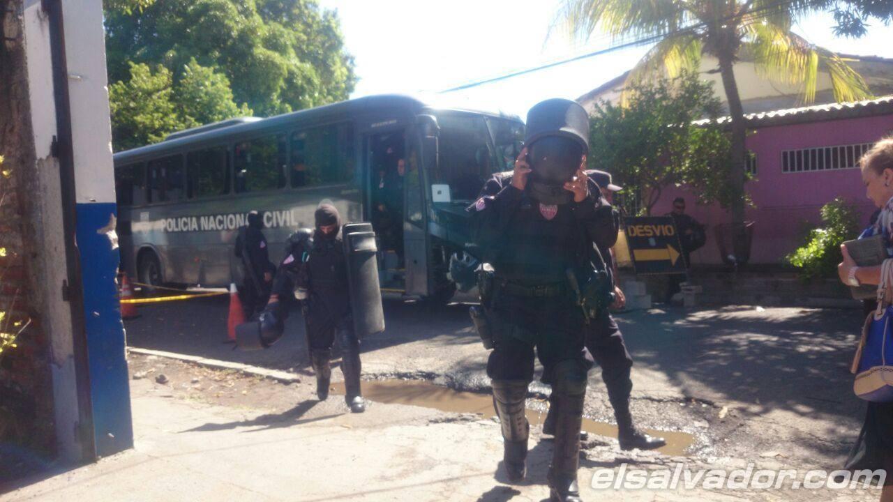 Fuga de pandilleros en bartolinas de San Miguel