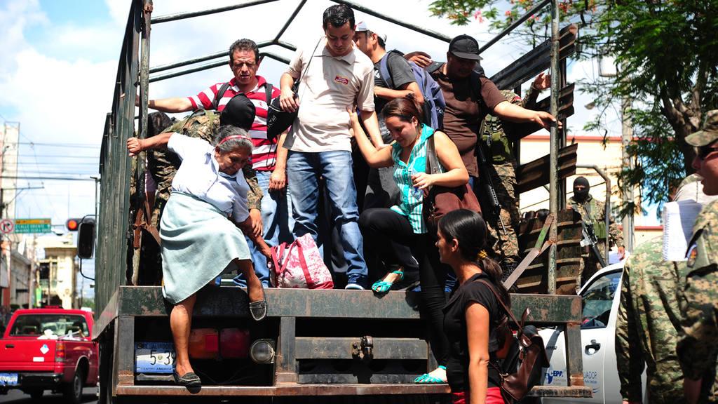 Paro de buses en El Salvador.